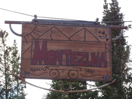 Montezuma, Population 65